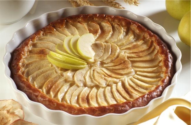 Красивый пирог с яблоками рецепт с фото